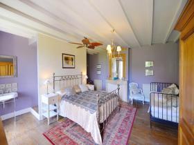 Image No.10-Châteaux de 7 chambres à vendre à Duras
