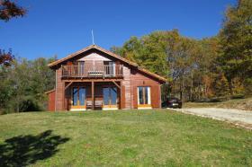 Image No.0-Chalet de 3 chambres à vendre à Souillac
