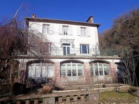 Image No.2-Maison de campagne de 4 chambres à vendre à Saint-Pons-de-Thomières