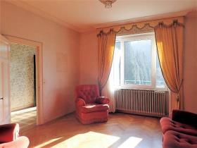 Image No.4-Maison de campagne de 4 chambres à vendre à Saint-Pons-de-Thomières