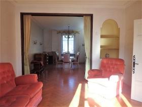 Image No.5-Maison de campagne de 4 chambres à vendre à Saint-Pons-de-Thomières