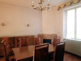 Image No.6-Maison de campagne de 4 chambres à vendre à Saint-Pons-de-Thomières