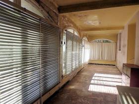 Image No.13-Maison de campagne de 4 chambres à vendre à Saint-Pons-de-Thomières