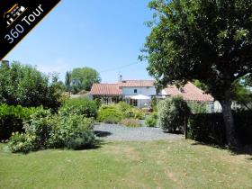 Image No.0-3 Bed Farmhouse for sale
