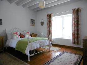 Image No.19-Maison de campagne de 4 chambres à vendre à Gouvets