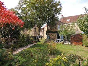 1 - Givry, House