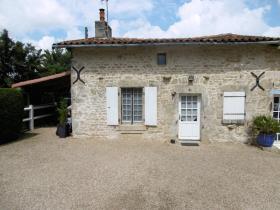 Image No.13-Propriété de pays de 6 chambres à vendre à Coulonges-sur-l'Autize