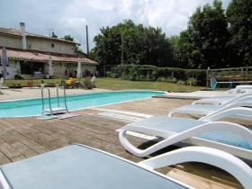 Image No.3-Propriété de pays de 6 chambres à vendre à Coulonges-sur-l'Autize