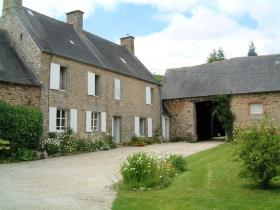 Image No.14-5 Bed Farmhouse for sale
