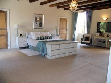 020-Master-Bedroom