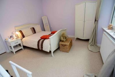 2---PM-GF-bedroom