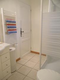 GF-Bathroom