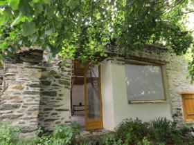 Image No.0-Chalet de 2 chambres à vendre à Cuxac-Cabardès