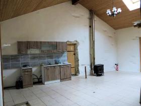 Image No.3-Chalet de 2 chambres à vendre à Cuxac-Cabardès