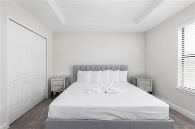 Master-Bed-1-1_sm