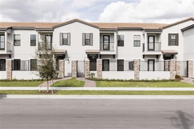 TownHomes-2_sm---Copy