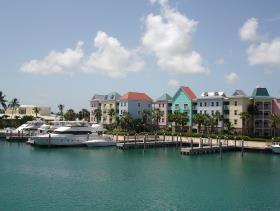 Nassau, Land