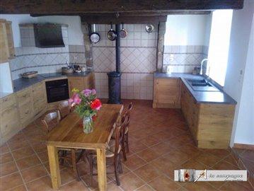 maison-traditionnelle-montel-de-gelat-vente-1