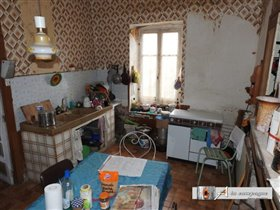 Image No.2-Maison de 2 chambres à vendre à La Petite-Marche