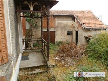 1 - Montaigut-en-Combraille, House