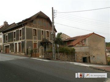 maison-mitoyenne-1-cote-montaigut-en-combrail