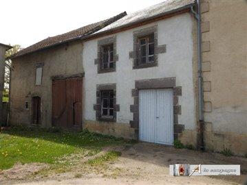 maison-ancienne-le-quartier-vente-1557396734-