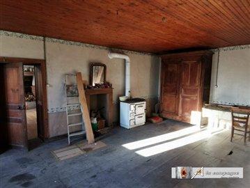 maison-ancienne-charensat-vente-1586530803-vm
