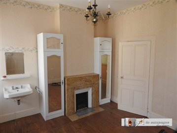 maison-ancienne-charensat-vente-1558077967-vm