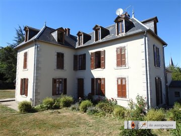 1 - Montel-de-Gelat, House