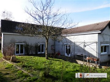 1 - Moureuille, House
