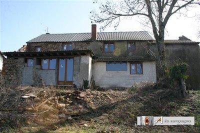 maison-ancienne-le-quartier-vente-1492066102-