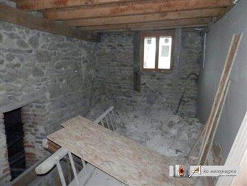 maison-ancienne-le-quartier-vente-1581072541-