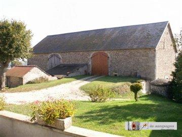 maison-ferme-rougnat-vente-1502529902-vm11681