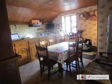 maison-ferme-rougnat-vente-1502529902-vm11687