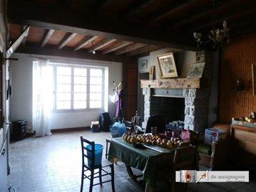 maison-ancienne-reterre-vente-1509639132-vm12