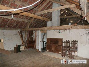 maison-ancienne-reterre-vente-1509639621-vm12