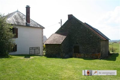maison-bourgeoise-servant-vente-1536850685-vm