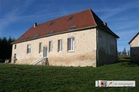 Image No.1-Maison de 4 chambres à vendre à Buxières-sous-Montaigut