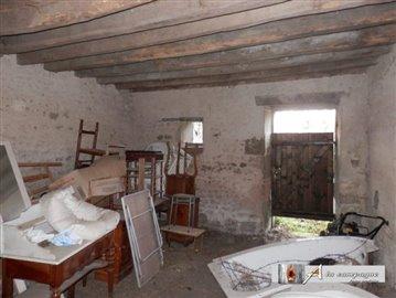 maison-ancienne-pionsat-vente-1575473585-vm19