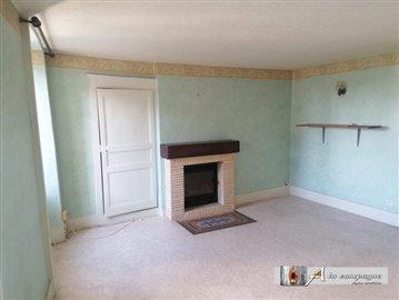 maison-ancienne-pionsat-vente-1582652631-vm20