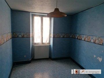 maison-ancienne-pionsat-vente-1582705185-vm20