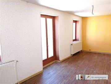 maison-ancienne-montaigut-vente-1589905044-vm