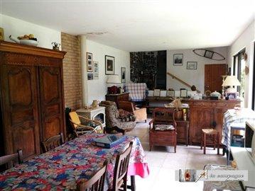 maison-ancienne-reterre-vente-1593177470-vm20
