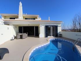 Image No.0-Maison / Villa de 3 chambres à vendre à Castro Marim
