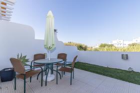 Image No.2-Maison / Villa de 3 chambres à vendre à Manta Rota