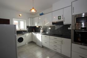 Image No.3-Maison / Villa de 4 chambres à vendre à Manta Rota