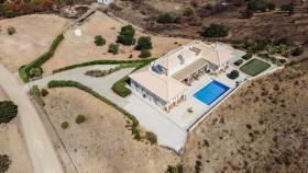 Image No.1-Maison / Villa de 4 chambres à vendre à Altura