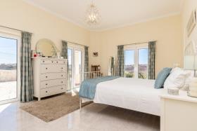 Image No.10-Maison / Villa de 4 chambres à vendre à Altura