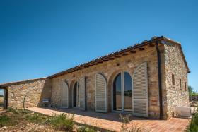 Image No.0-Grange de 2 chambres à vendre à San Gimignano