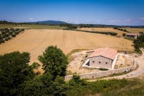Image No.2-Grange de 2 chambres à vendre à San Gimignano